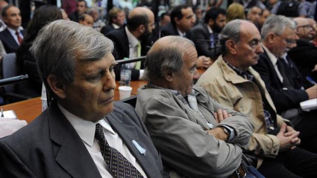 Cadena perpetua para los responsables de los «vuelos de la muerte» en Argentina