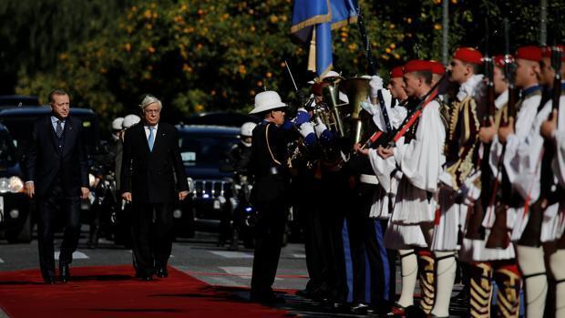 Erdogan comienza la primera visita oficial de Turquía a Grecia en 65 años