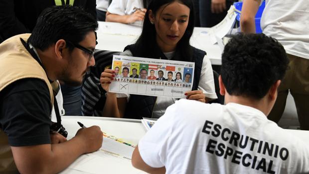 El segundo recuento electoral en Honduras confirma la victoria de Juan Orlando Hernández