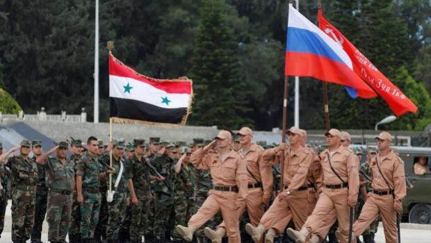 Putin viaja por sorpresa a Siria y ordena el comienzo de la retirada de las tropas rusas