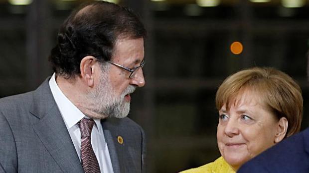 España evita el choque dentro de la UE sobre las cuotas de refugiados y apela al consenso