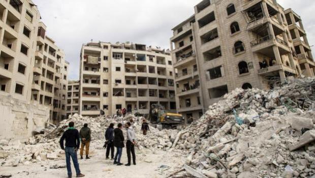 Siria y Rusia intensifican los bombardeos contra los bastiones opositores
