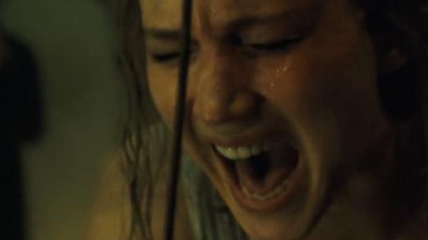 Una Eva psicótica, un brutal Moisés y otras referencias ocultas en «madre!»