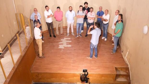 Críticas en directo por desterrar el museo de Carnaval en La Viña