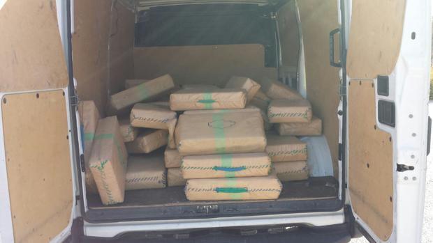 Detenidos en Medina mientras trasportaban 1750 kilos de hachís