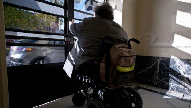 Más de la mitad de las viviendas de Sevilla sigue siendo inaccesible