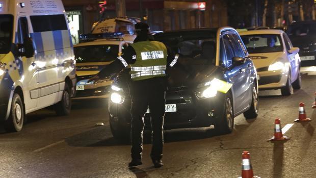 Detenido en Sevilla un conductor borracho, sin carné y un saldo negativo de -70 puntos