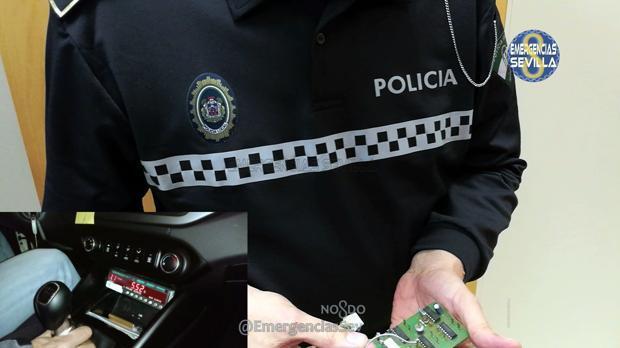 Denunciados dos taxistas por manipular los taxímetros para aumentar el precio en Sevilla
