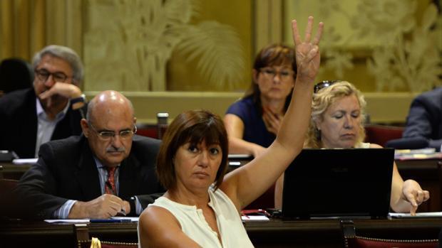 Marcha histórica en Baleares contra el requisito del catalán en la sanidad