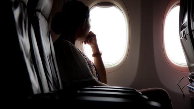Los pasajeros que prefieren ventanilla son más egoístas