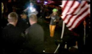 Al menos cien detenidos en las protestas de los