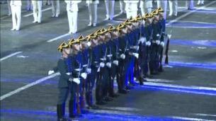 La música militar inunda la Plaza Roja de Moscú
