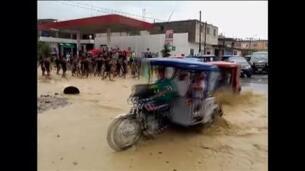 Grandes inundaciones afectan a varias decenas de familias en Perú