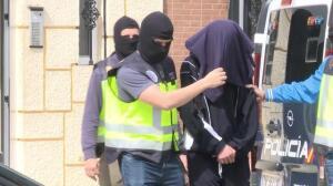 Detenido un hombre por adoctrinamiento y colaboración con el Daesh
