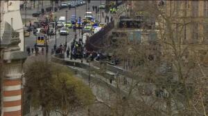 El atentado de Westminster obliga a la evacuación del Parlamento en plena sesión al Gobierno