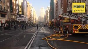 Arde un edificio en plena Gran Vía