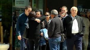 Campdevánol (Girona) despide a la niña de cuatro años ahogada en una piscina de Ripoll