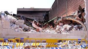 Un adolescente podría estar detrás del incendio de un bazar chino en Adra, Almería
