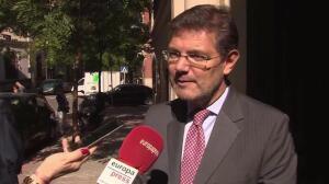 "Catalá dice a Puigdemont que Gobierno ""nunca"" judicializa política"