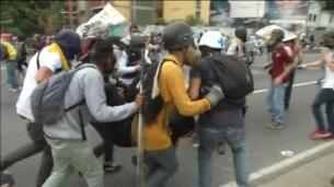 Muere otro joven de 17 años en Venezuela por disparos de un policía