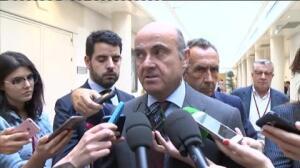 """De Guindos cree que la fusión de Bankia y BMN es """"positiva"""""""