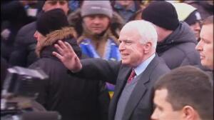 El republicano John McCain se enfrenta a un tumor cerebral