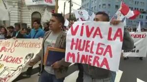 Cinco mil mineros protestan contra la reforma laboral en Lima