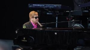 Elton John deleita al público de Marbella