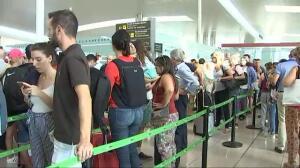 Colapso en los controles de seguridad de El Prat