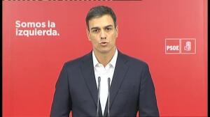 """Sánchez a Rajoy: """"Presente su dimisión oficial ante el rey esta misma mañana"""""""