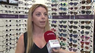 El uso de gafas de sol en niños evita daños oculares