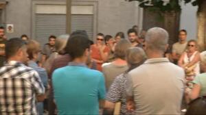 Aparecen en Ripoll pegatinas islamófobas