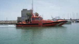 La Guardia Civil rescata una patera con nueve inmigrantes