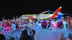 El Papa se despide de Colombia defendiendo el proceso de paz tras 50 años de guerra civil