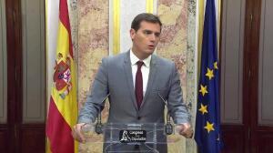 """Rivera apela a Puigdemont para que """"desistan y paren"""""""