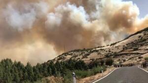 Tres focos siguen activos en el incendio de Gran Canaria
