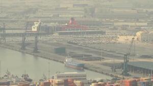 Impresionante despliegue de la Policía en el puerto de Barcelona
