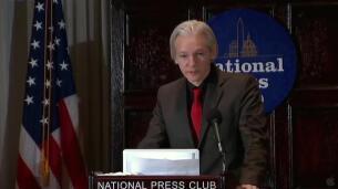 Ecuador recrimina a Assange que opine sobre Cataluña