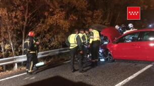 Cuatro heridos en un choque frontal entre un turismo y una furgoneta en Cercedilla