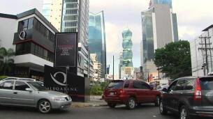 La Unión Europea retira a Panamá y a otros siete países de la lista negra de paraísos fiscales