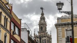 El tiempo en Sevilla: se aleja la borrasca, pero noviembre acabará lluvioso