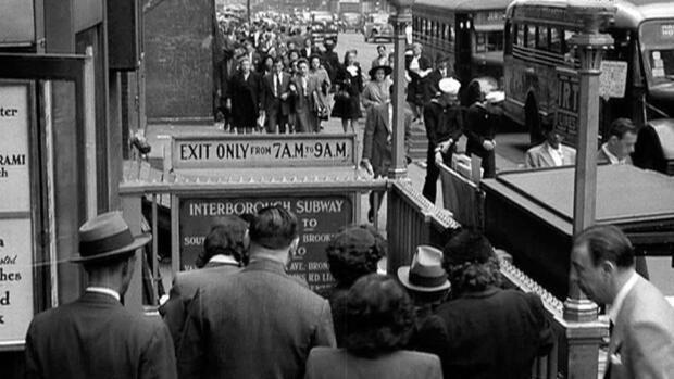 La Ciudad Desnuda 1948 Película Play Cine