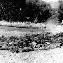 Pila de cadáveres en Cefalonia, en 1934