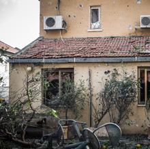 Estado de una vivienda en la ciudad de Ashkelon tras un ataque de Hamás