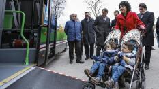 138cc9add Los autobuses de la región permitirán viajar con carritos de bebé dobles