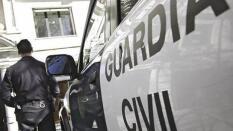 abca158a9fcb ... Detenidos dos vecinos de Alcolea por robar 16.000 euros a una mujer en  un banco de
