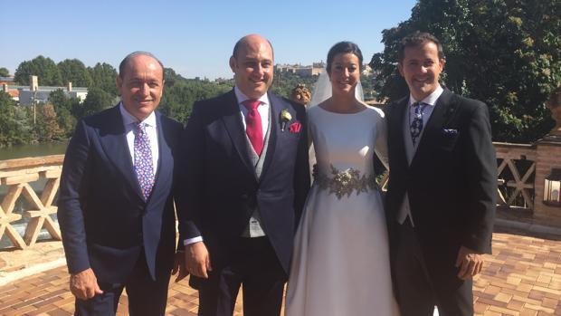 944b441dd Multitudinaria boda del empresario Luis Fernández y Dolores Hijosa